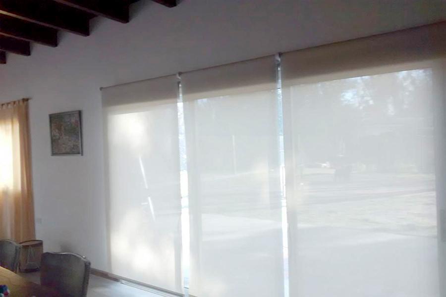 Cortinas Roller SunScreen y Decoración Zen en Yerba Buena Tucumán